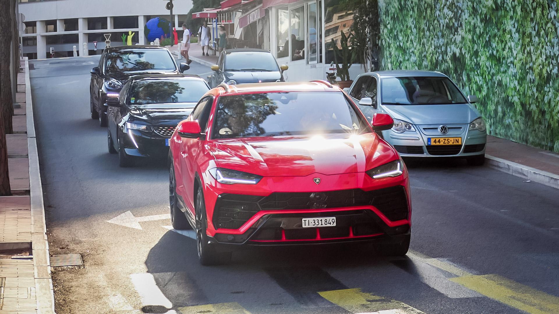 Lamborghini Urus - TI-331849 (CH)