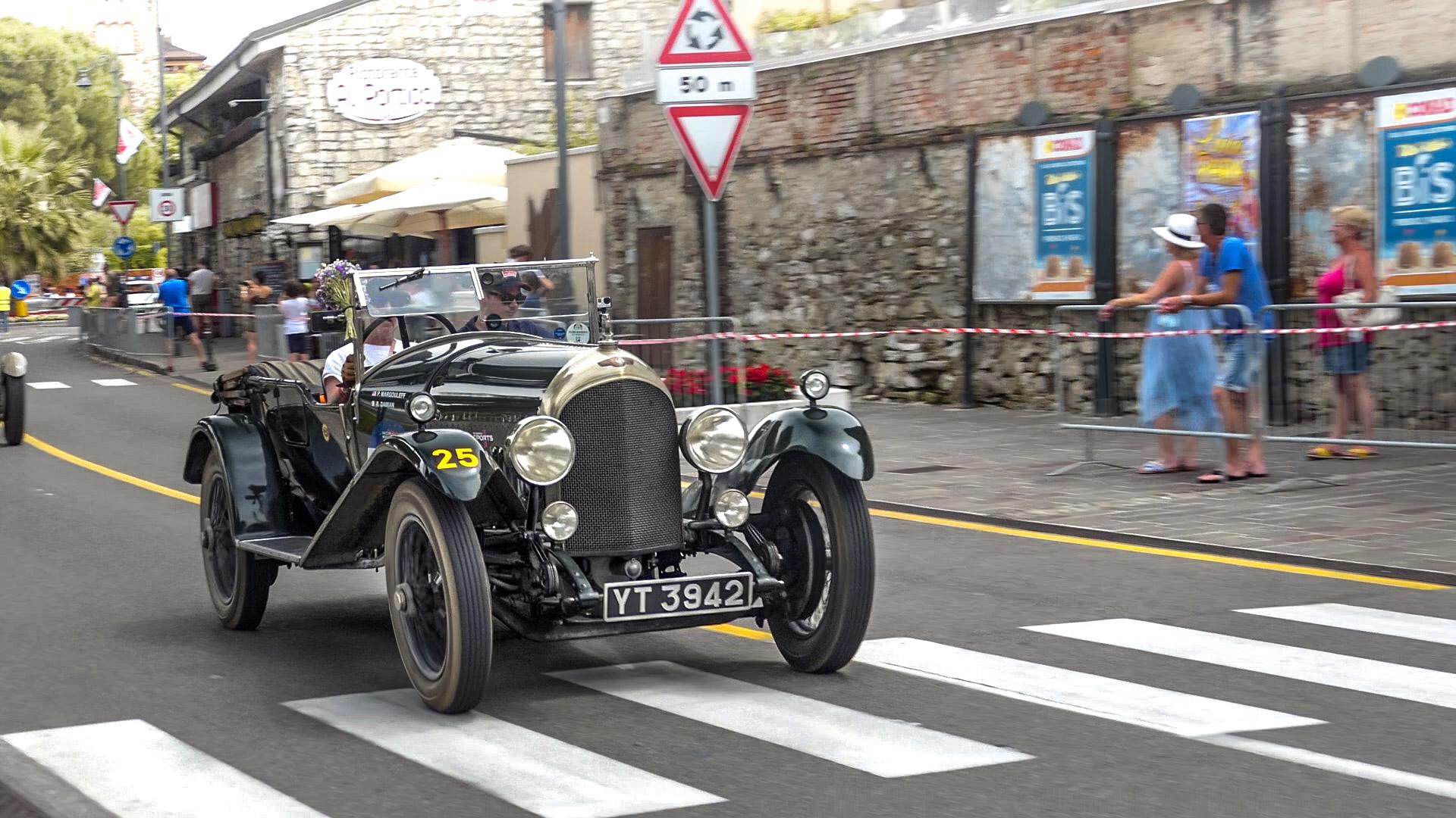 Bentley 3 Litre - YT-3942 (GB)