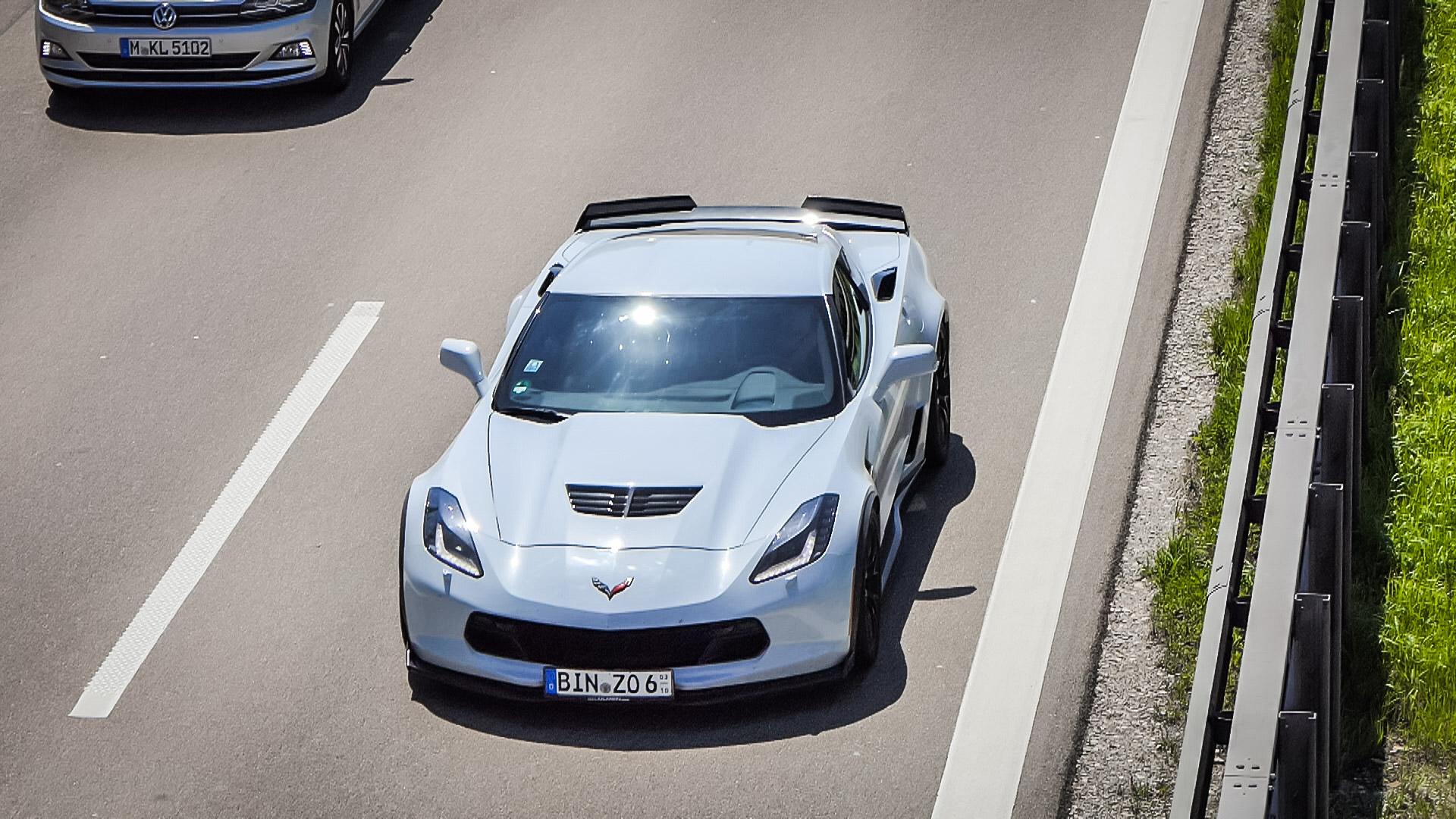 Chevrolet Corvette C7 Z06 - BIN-ZO-6