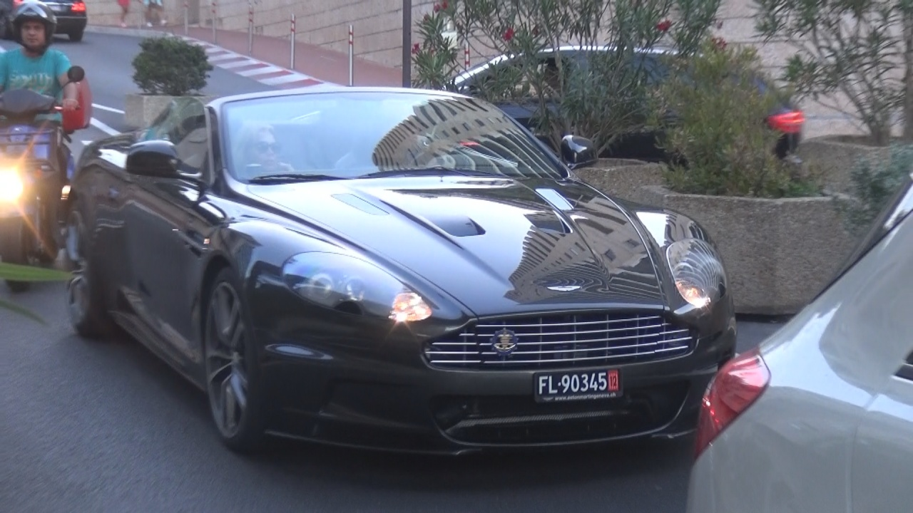 Aston Martin DBS - FL-90345 (LIC)