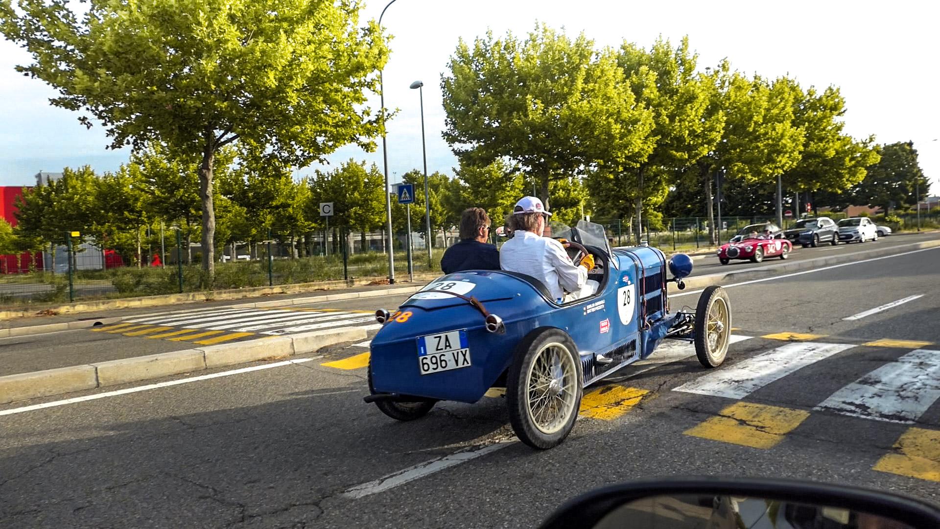 Bugatti T37 A - ZA-696-VX (ITA)