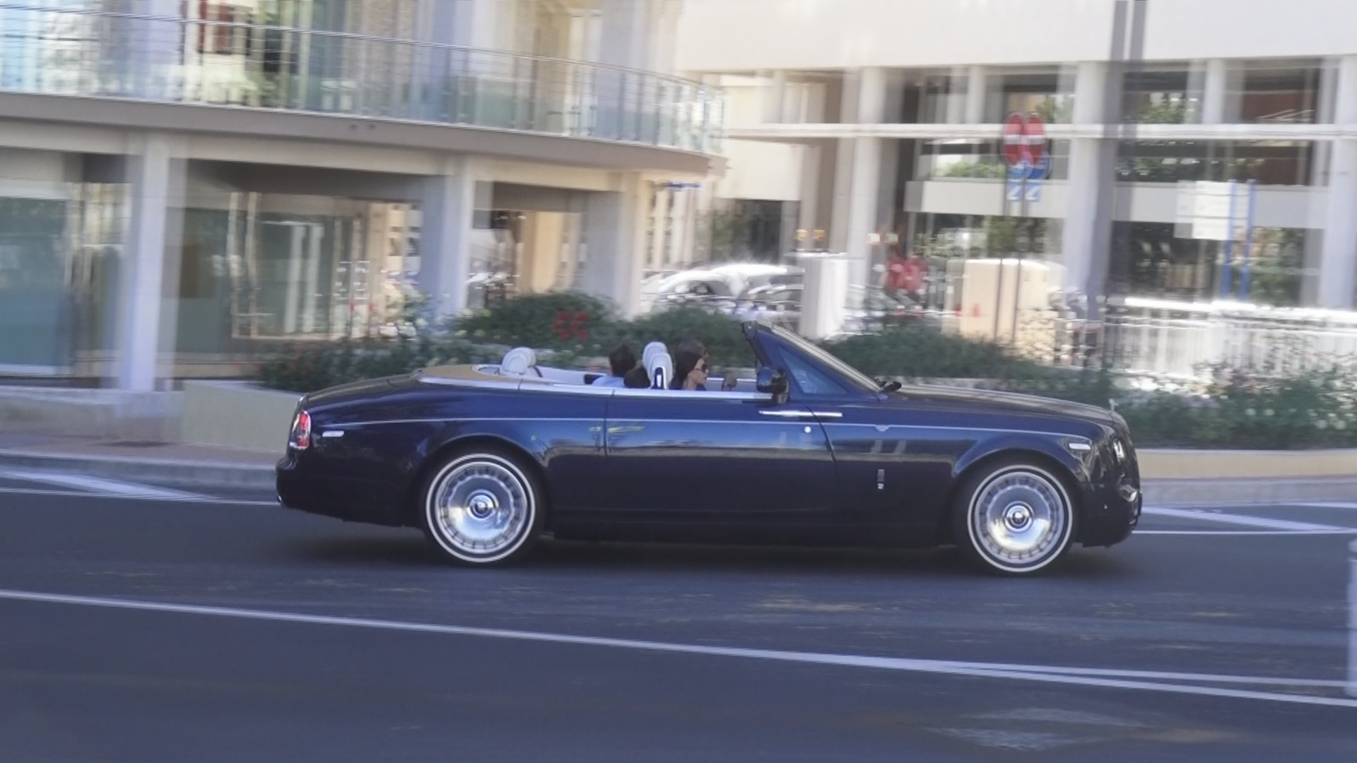 Rolls Royce Drophead - N-9102 (Dubai)