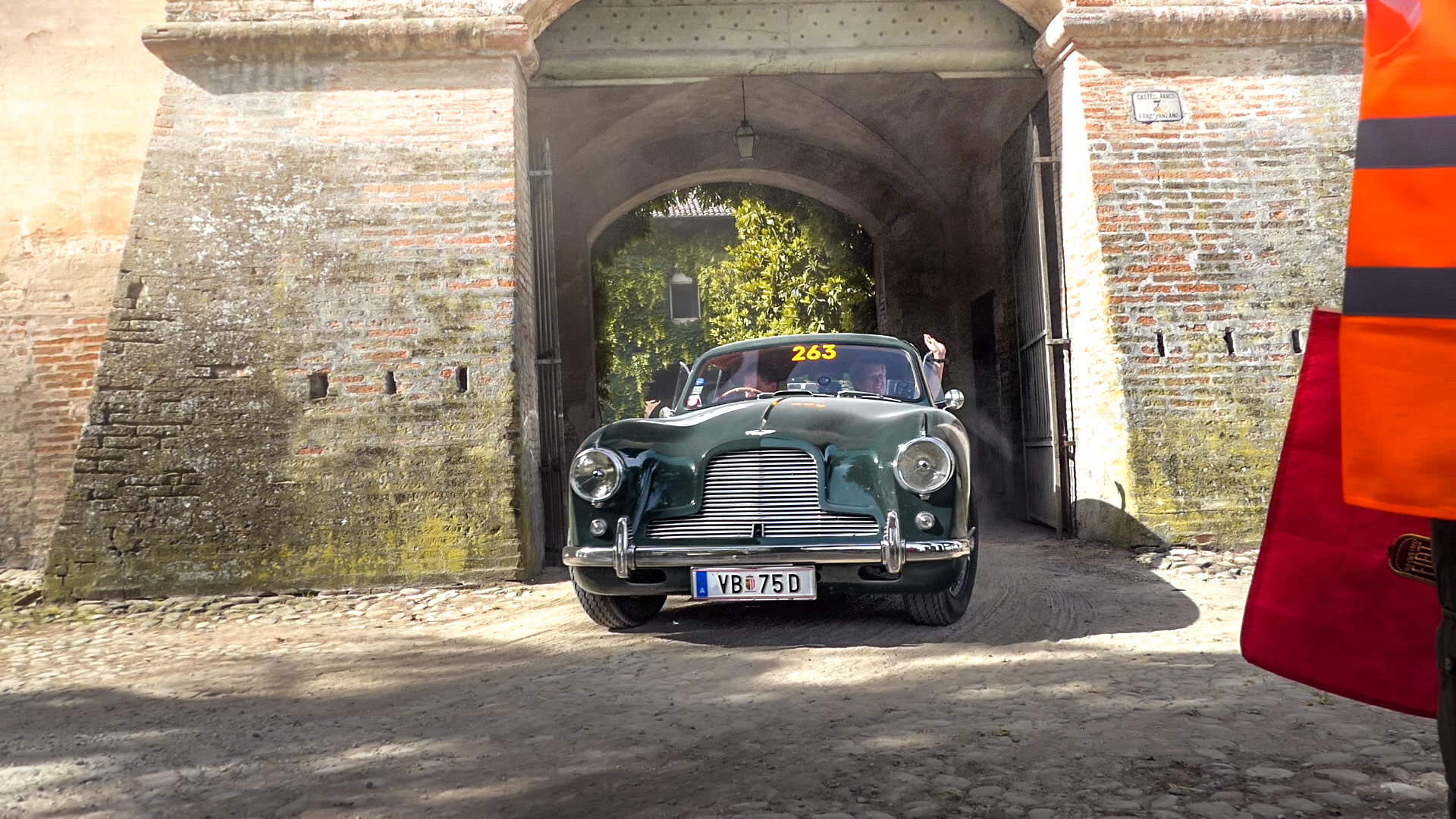 Aston Martin DB2 - VB-75-D (AUT)