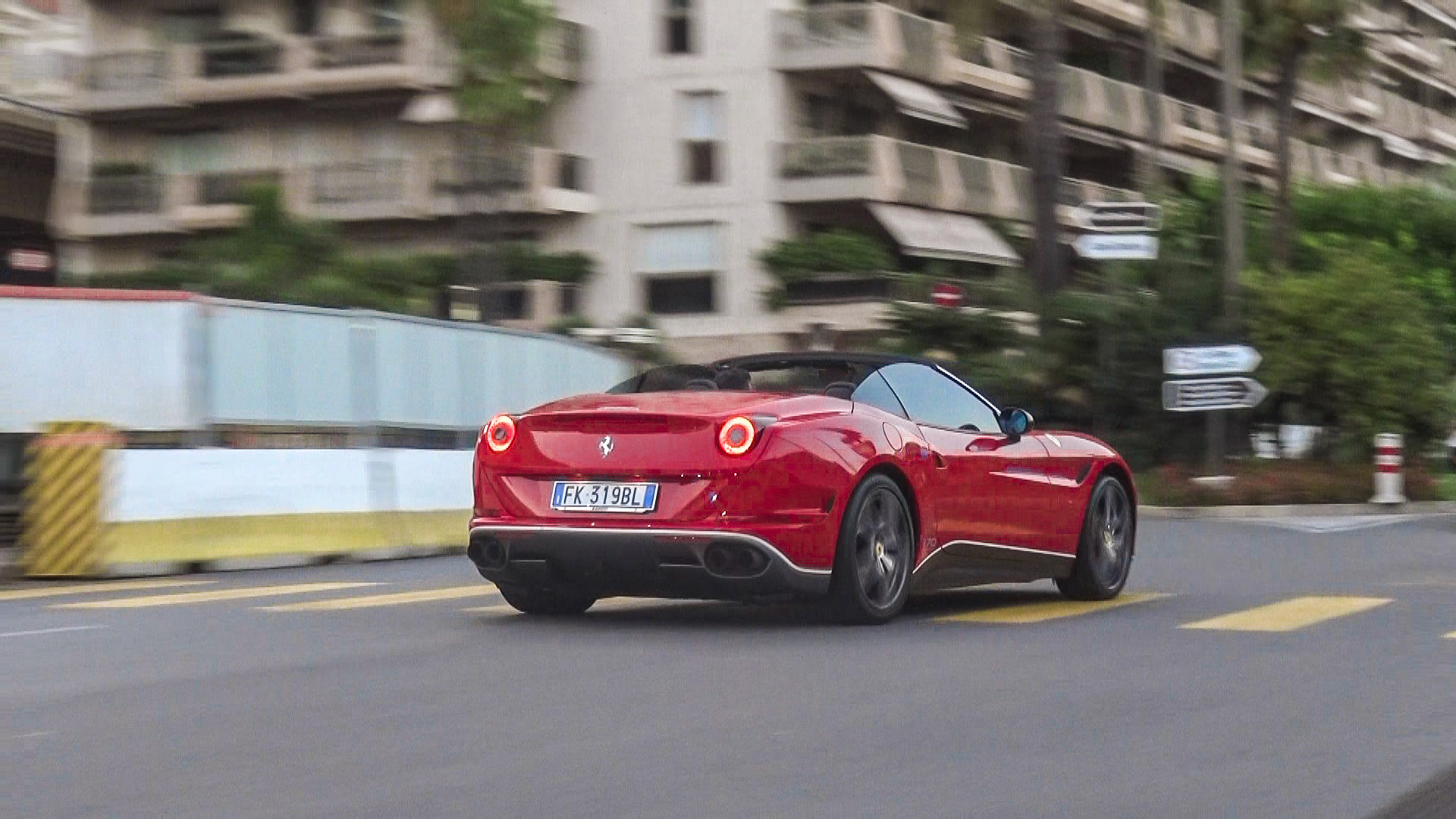 Ferrari California T 70 Years - FK-319-BL (ITA)