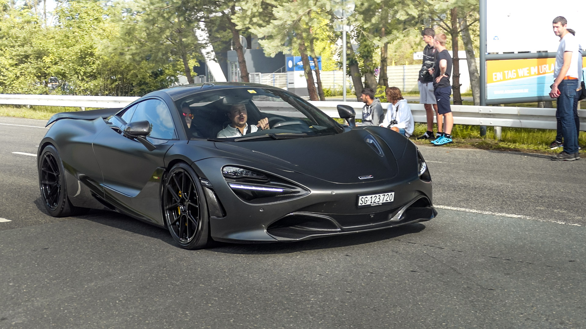 McLaren 720S - SG-123720 (CH)