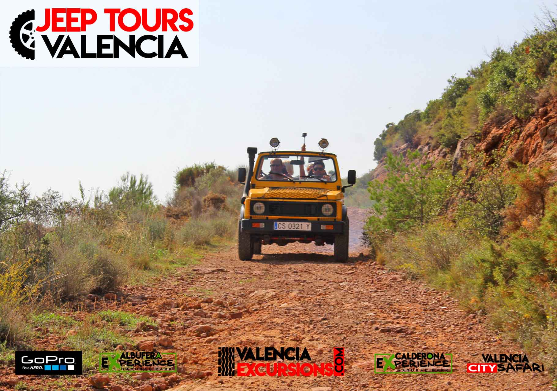 Jeep tour in Valencia. Driving along Calderona NAtional PArk VAlencia.