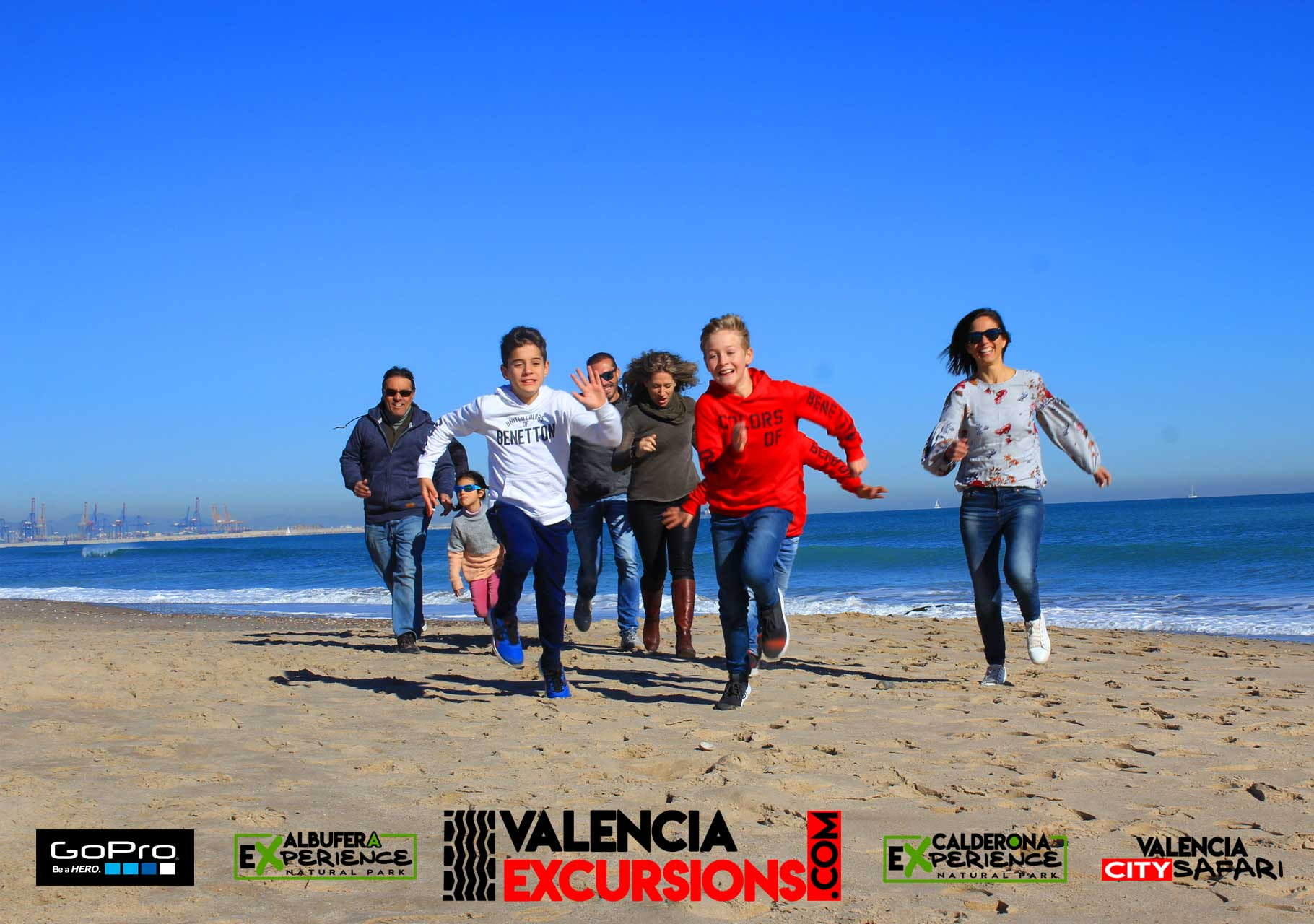 Beach Excursion in Valencia with Jeeps and boat trip Included in Albufera Natural Park