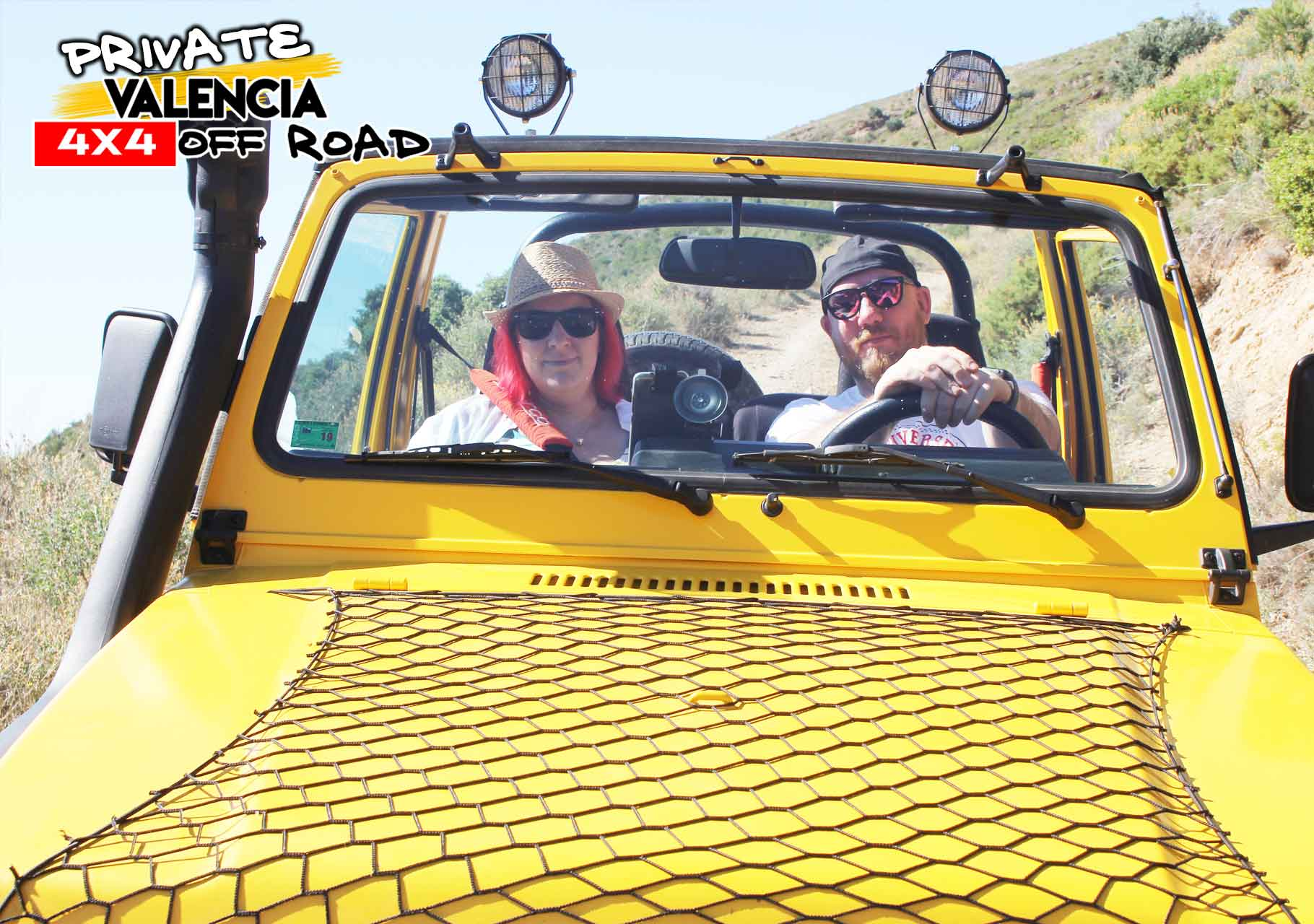 Private adventure by jeep in Valencia