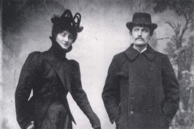 ムンクとトゥラ・ラーセン