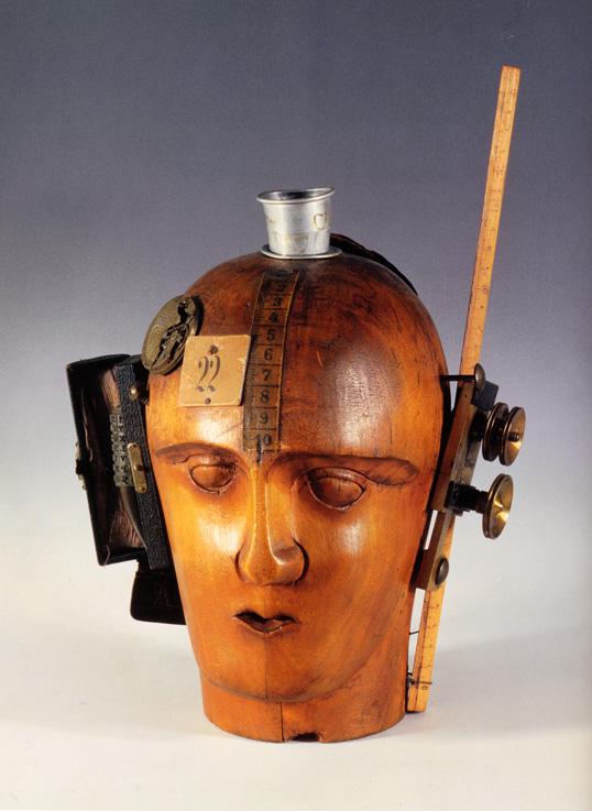 《機械的な頭部》1920年