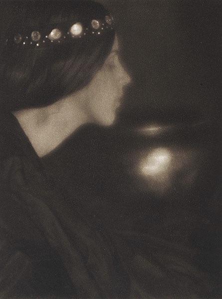 ジョージ・ヘンリー・シーリー《ブラック・ボウル》(907年)