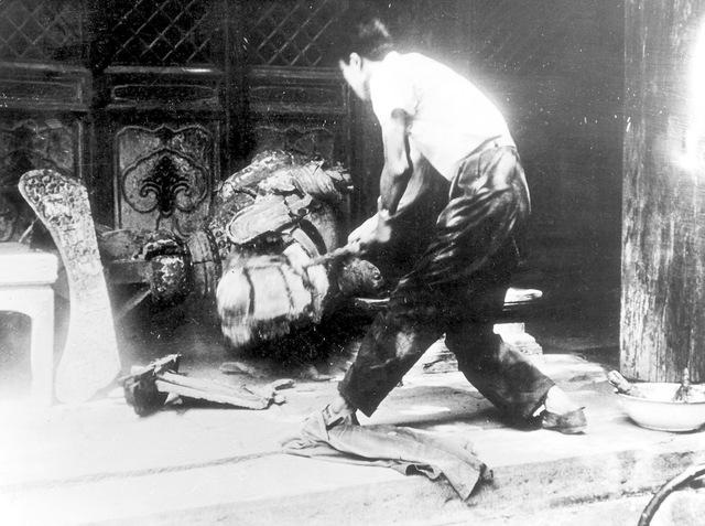 ヴァンダリズムと典型例「中国の文化大革命」。