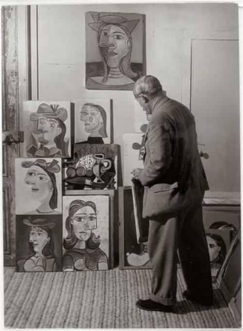 ドラ・マールがモデルとなった絵。1939年ごろのピカソのアトリエ。