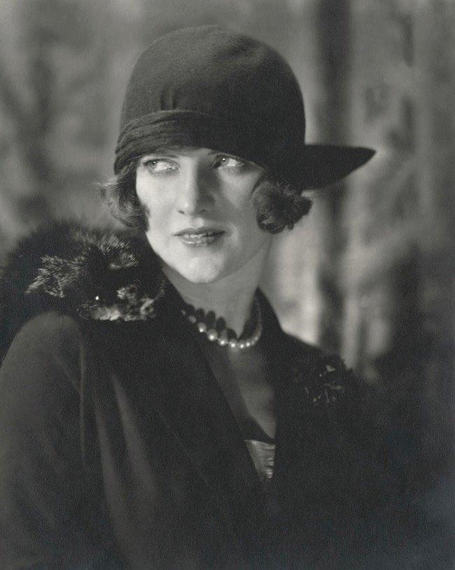 《American Vogue, December 1923》1923年