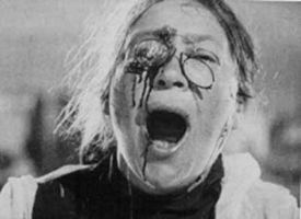 映画「戦艦ポチョムキン」で乳母が叫ぶシーン。