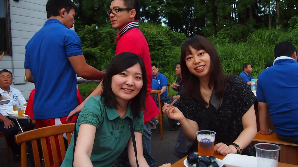 日大新聞の女子部員も取材で十日町入りしていました。
