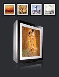 Climatisation LG : Les modèles ARTCOOL possèdent une façade interchangeable permettant ainsi d'y intégrer vos photographies ou posters préférés.