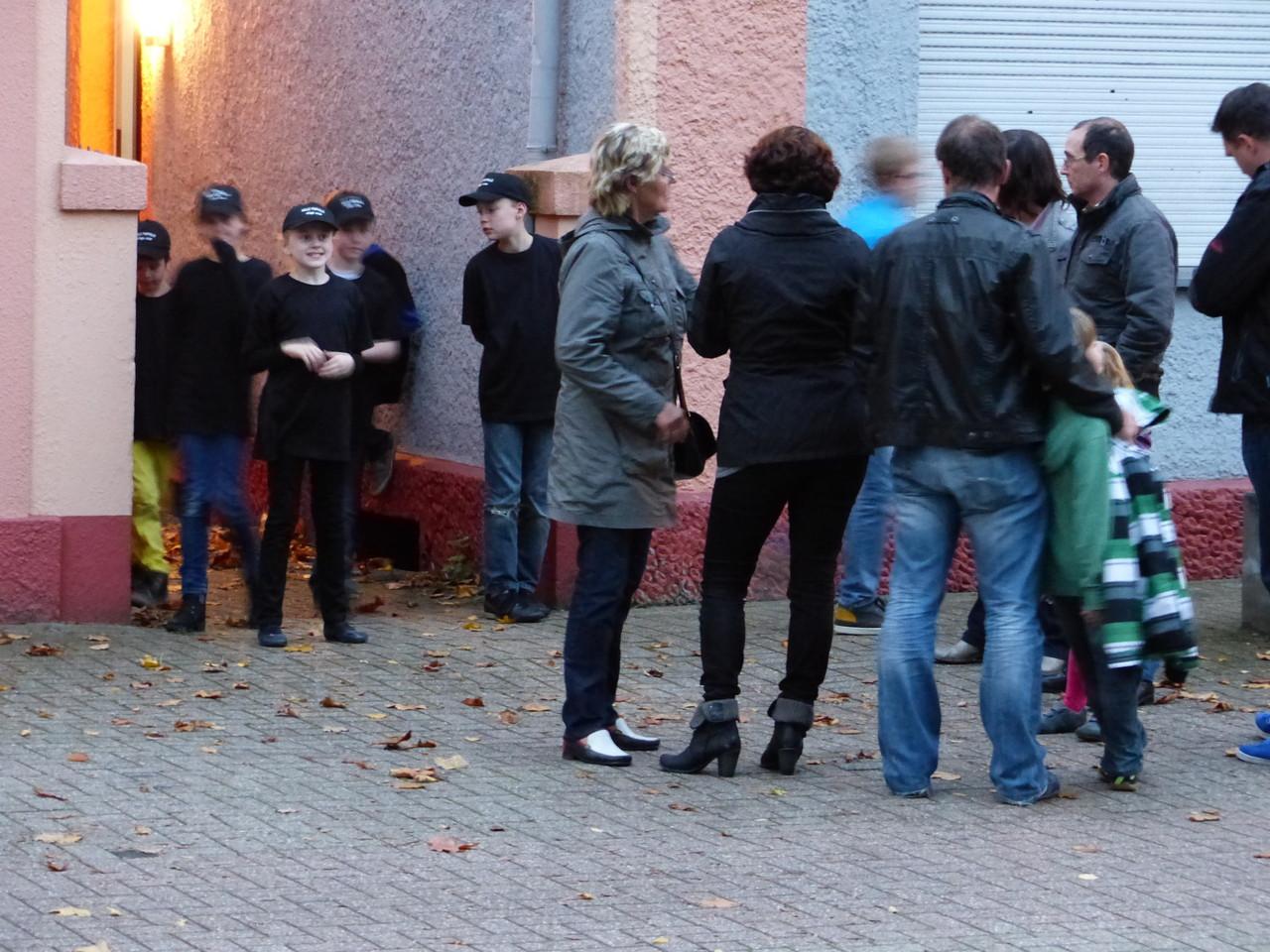 """""""Die Zuschauer kommen!"""", Foto:Falley"""