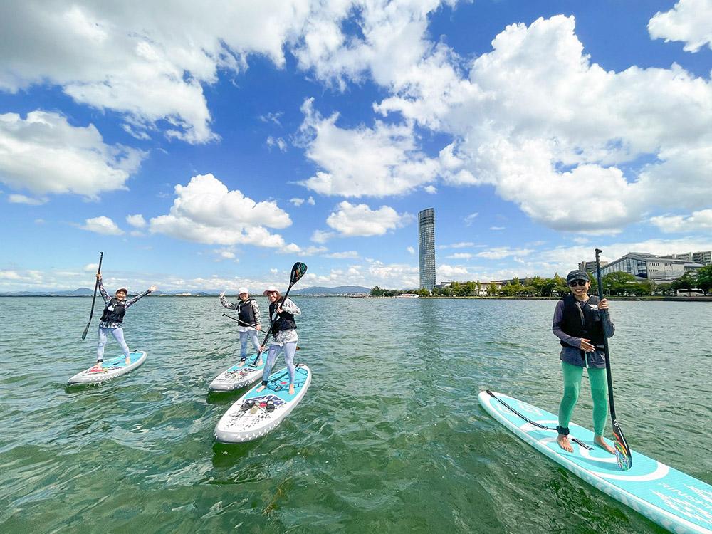 滋賀 琵琶湖 で SUP(サップ)体験とカフェタイムが楽しめる!