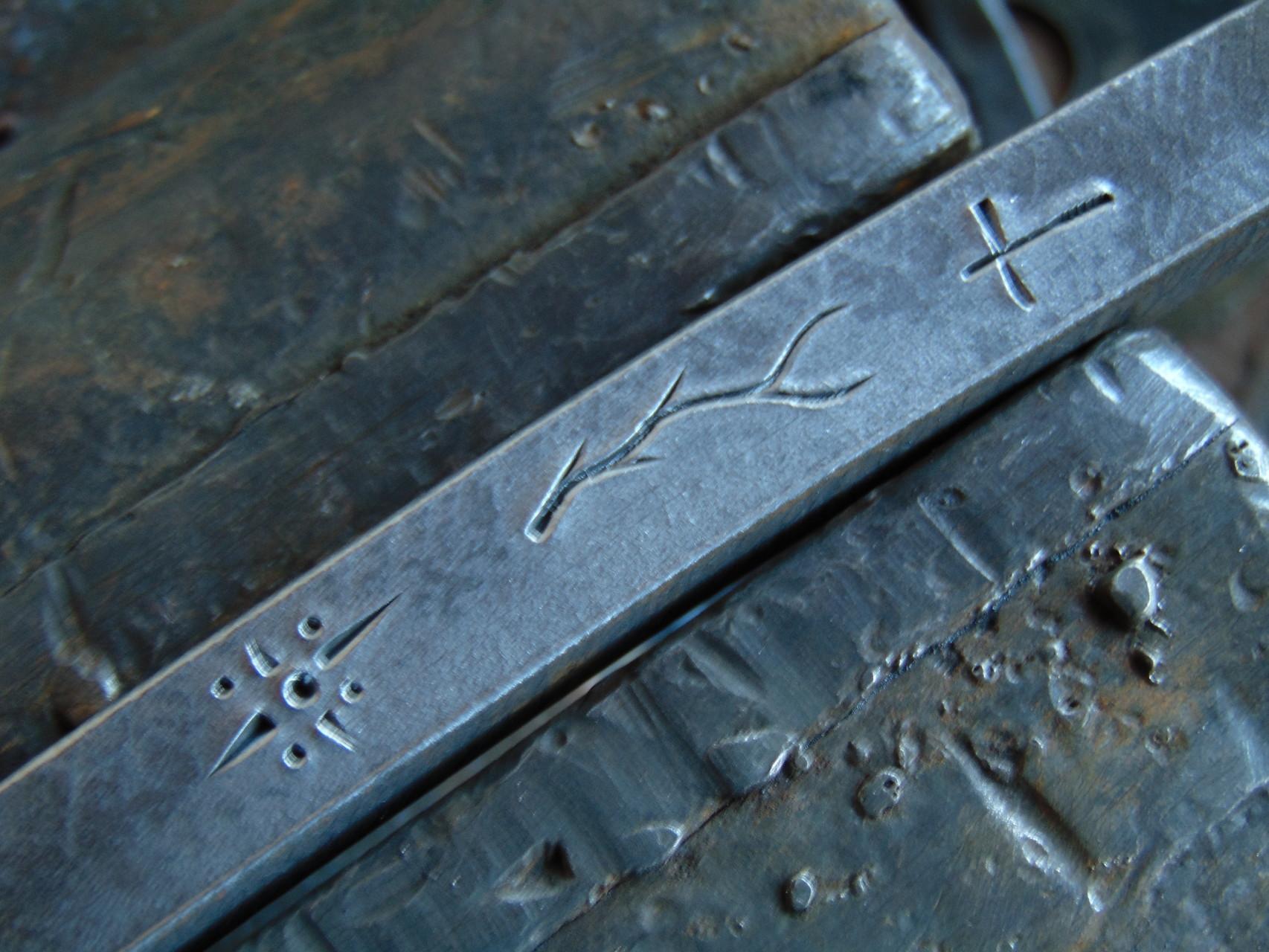 Labrado en frío sobre barra de hierro