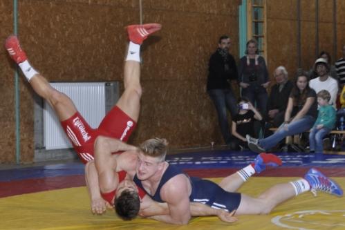 Daniel Gastl (blau) holte die Goldmedaille