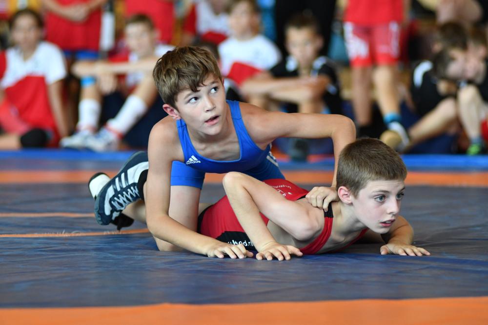 Walder Jakob (Blau) feierte seinen 7ten intern. Turniersieg