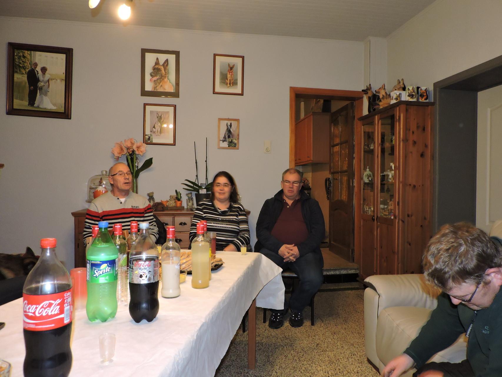 begin kletskes avand met Ivan,Ronny,Greta en Peter