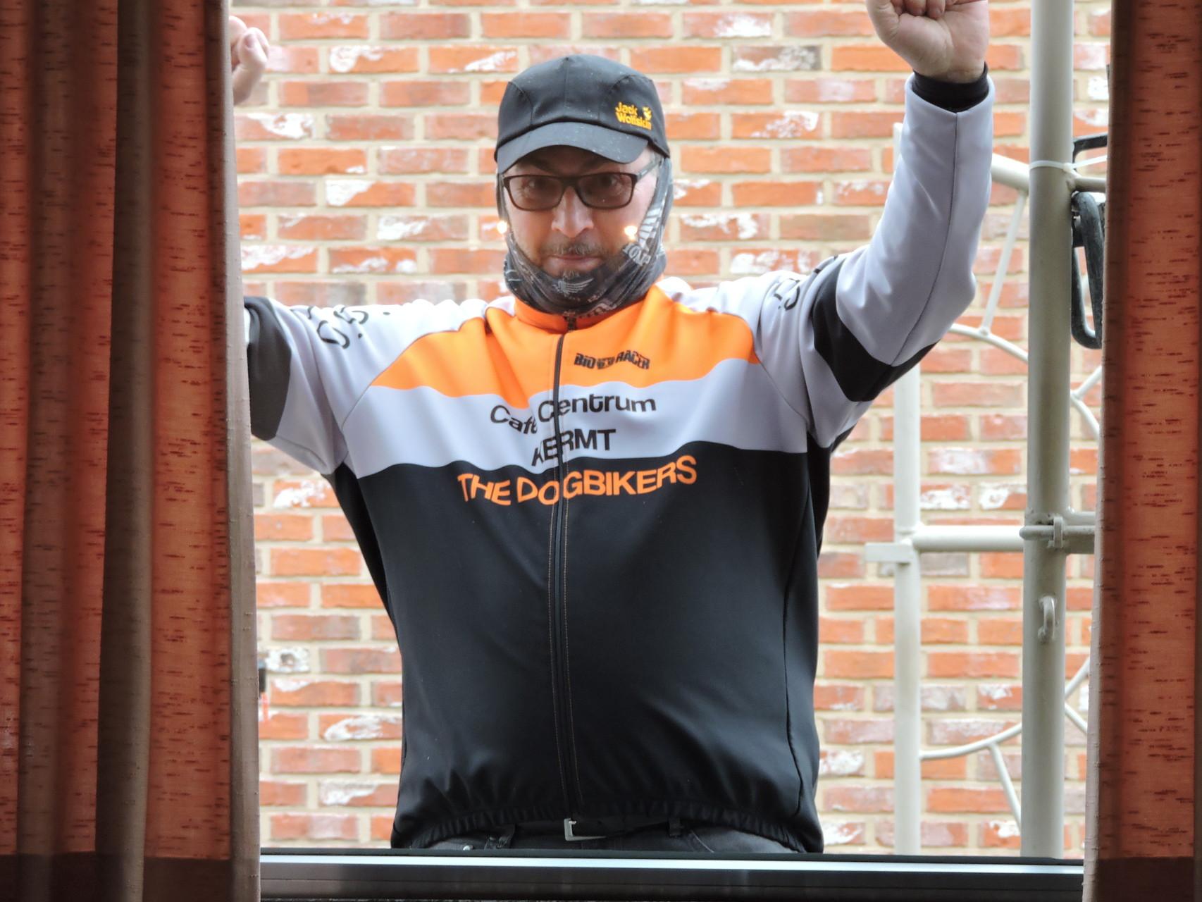 dannu  de bewaker van de fietsen stalling