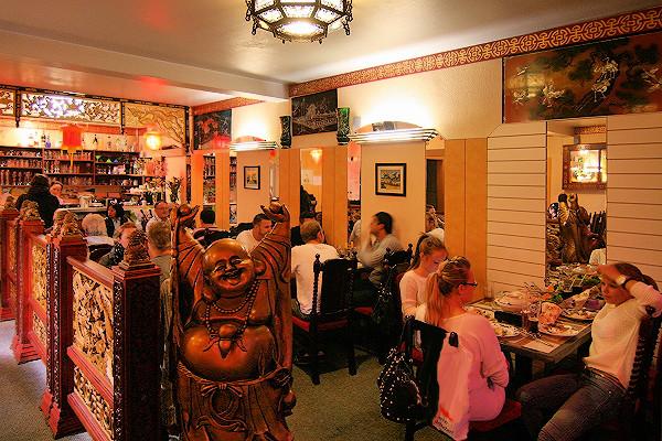 Gaststätte mit vietnamescher Küche und andereren ostasiatischen Spezialtiäten
