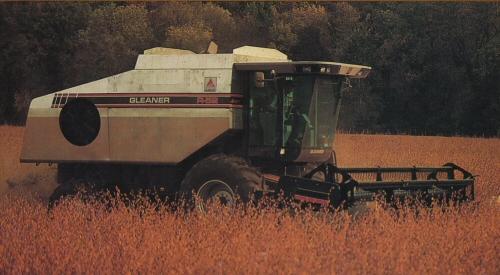 Gleaner R52