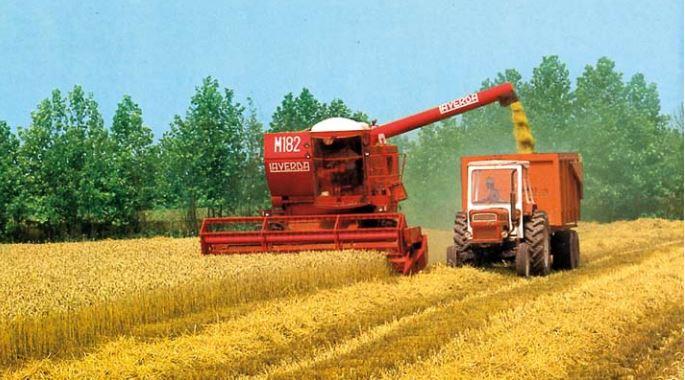 Laverda M182 mit Fiat Traktor