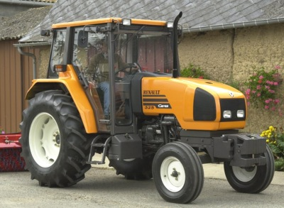 Renault Céres 325