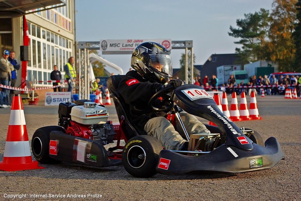 Mit der Nr. 109 unterwegs war Mick Macherey vom Jugend-Kart-Verein Aldenhoven (bei Jülich, Westfalen). Er wurde Zehnter.