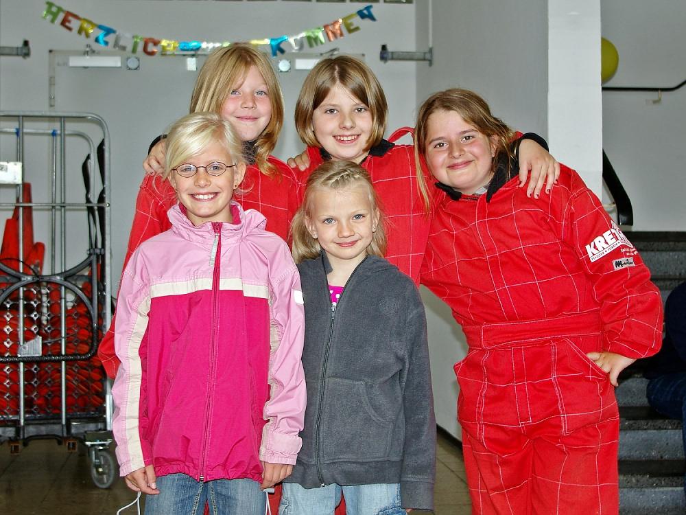Janica Schlüer, Pauline Friederich, Esma Kangül, Lena Scheepker und Alicia Föge