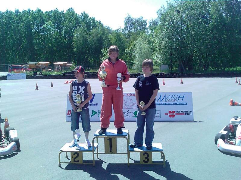 Siegerehrung in Klasse 3 zur Norddeutschen Meisterschaft 2010 in der Region 1: Jonatan Hess vom MSC Land Hadeln wurde Norddeutscher Meister.