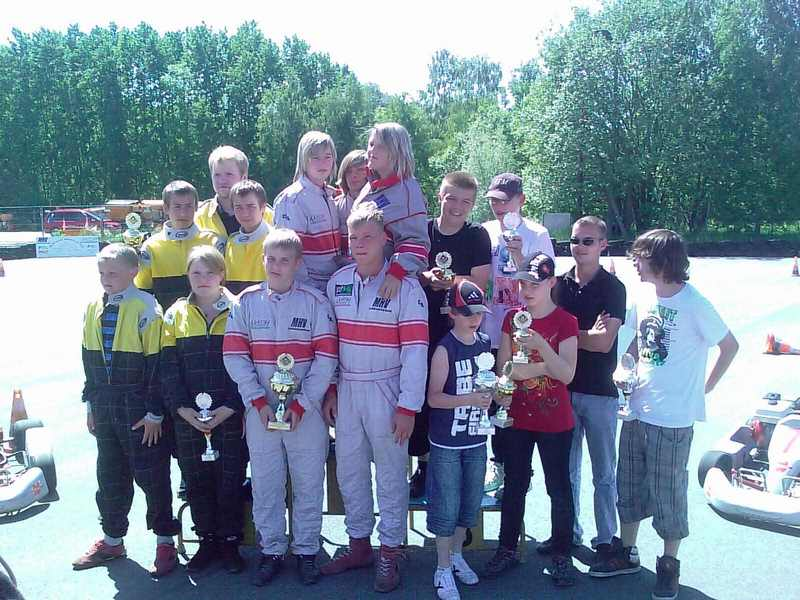 Siegerehrung der Mannschaften. 1. MC Schwerin Krösnitz 1; 2. BSC Aukrug 1; 3. MSC Berlin 1.