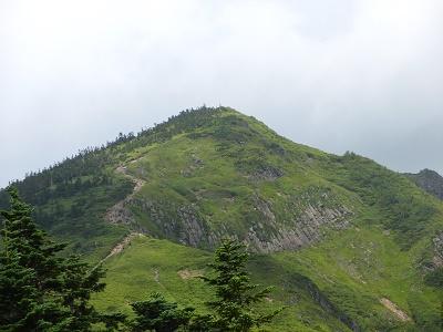 岩菅山と柱状節理