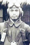 沖縄戦の特攻第一号を敢行した伊舍堂用久中佐