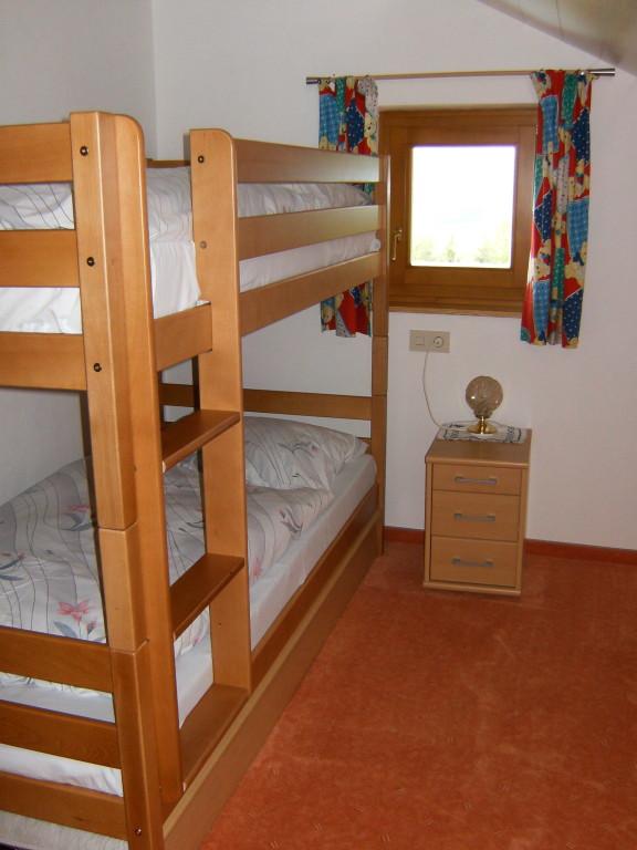 Biohof Haus Wieser,  App. 5-8 Personen Kinderzimmer Variante 1