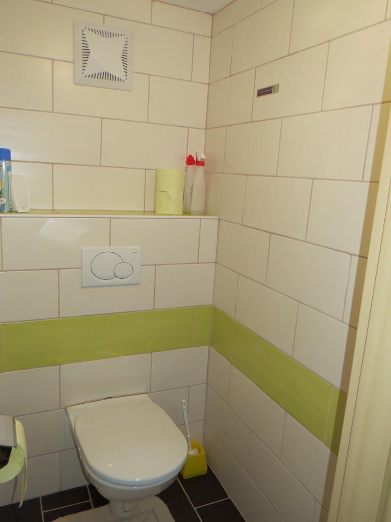 Biohof Haus Wieser Apartment 5-8 Personen Toilette