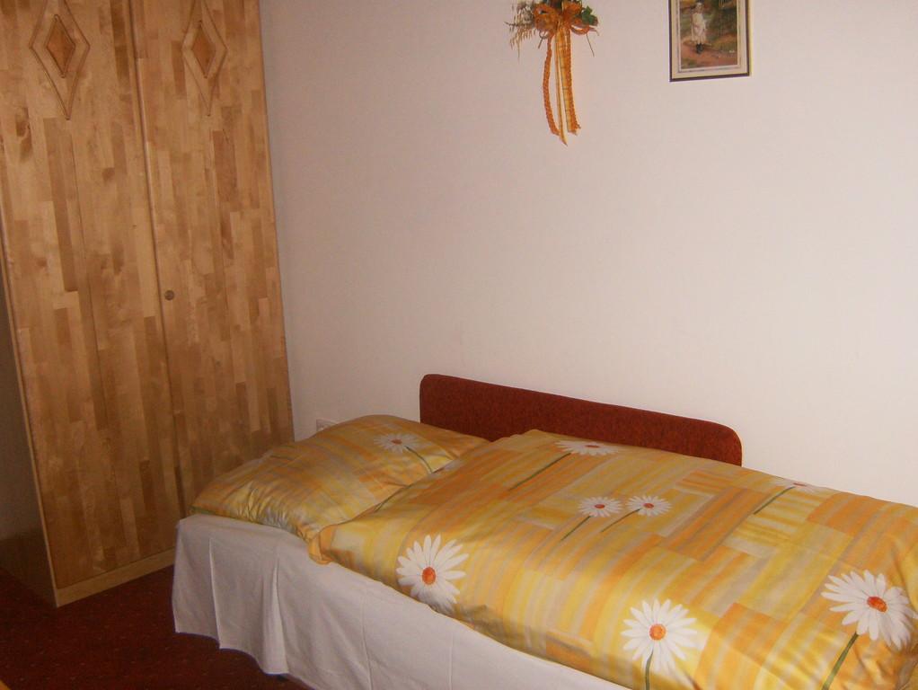 Biohof Haus Wieser, Abtenau, Doppelzimmer Couch Variante 2
