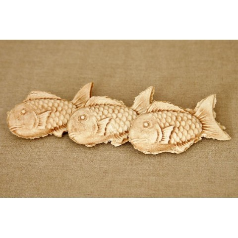 Taiyaki Fish cake paper weight  3672JPY 160g Source: VVstore