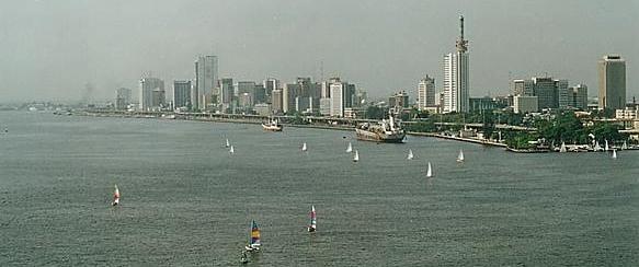 アフリカ最大の都市 ナイジェリア ラゴス Source: wikipedia