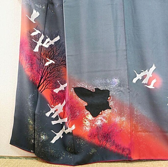 "Who would have thought Lockheed SR-71 ""Blackbird"" kimono possible!?"