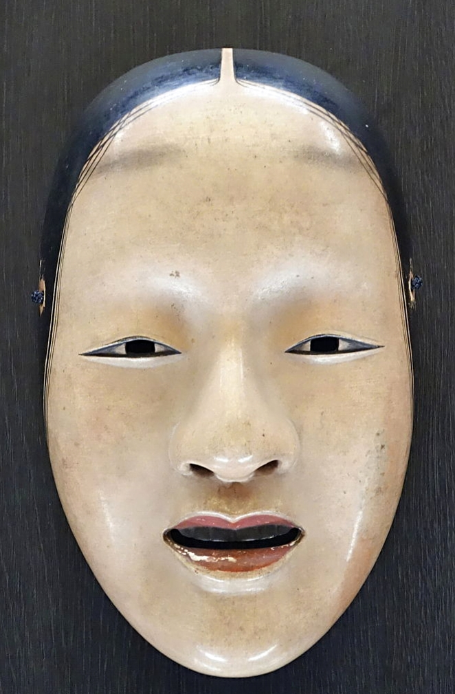 No face wears a mask similar to the one from Noh Source: wikipedia