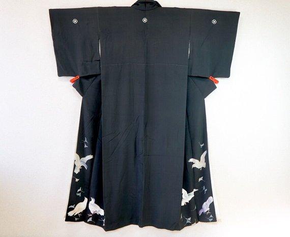 Pigeon kimono!! you find a very new and unique Kimono  Source: Salz Tokyo