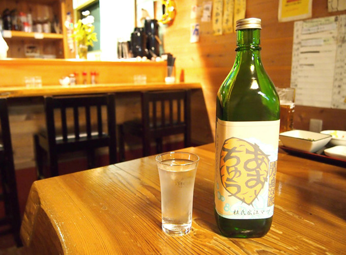 "Aogashima Shochu local alcohol (ca 30%) ""Aochu""  Source: Gurunavi"