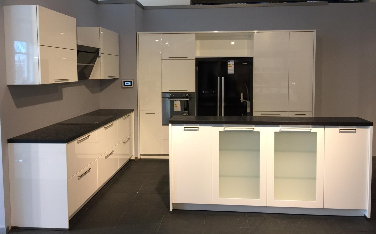 kchen reduziert excellent best genial nordwald kchen abverkauf und beste ideen von reduziert. Black Bedroom Furniture Sets. Home Design Ideas
