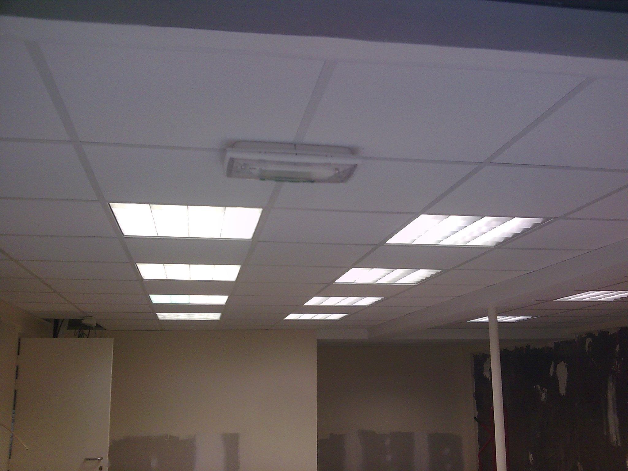 Plafond suspendu en dalles de 60 x 60 Activ Renovation  Epinal