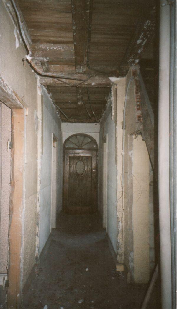 Abattre cloison non porteuse, dépose ancien plafond et enlever du carrelage ancien Illkirch-Graffenstaden 67 Activ Renovation